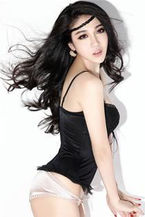 性感模特李心蕊写真照片 秀身材